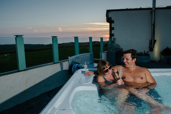 luxury lifestyle holiday cornwall 600x400 - Gallery